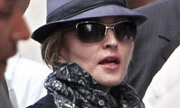 madonna in paris to direct her new movie