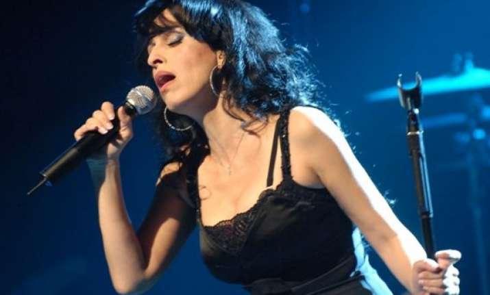 israeli musical icon rita hopes farsi album charms iran