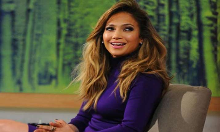 jlo not clued up about american idol return