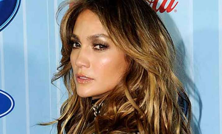 jennifer lopez to play cop in tv drama