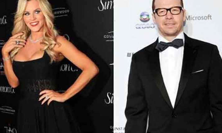 jenny mccarthy dating donnie wahlberg