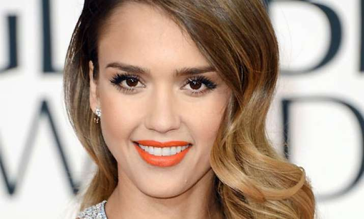 jessica alba beauty comes from confidence