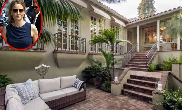 jodie foster selling los angeles home