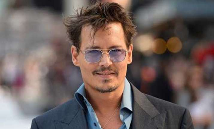 johnny depp not required to testify at murder trial
