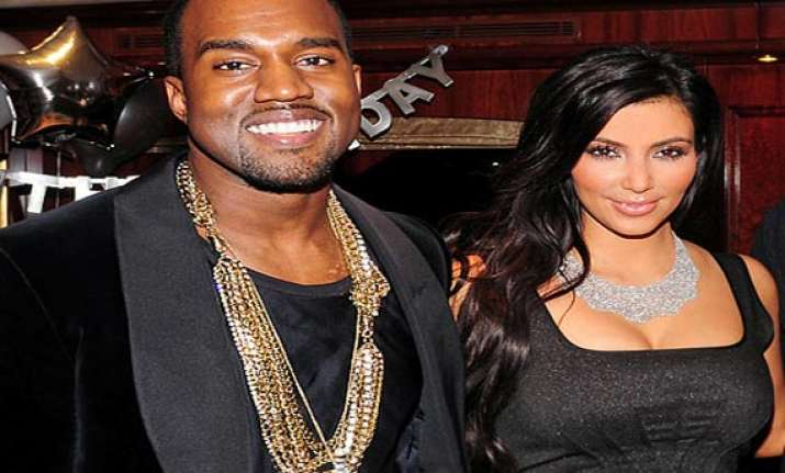kanye west hunts for wedding ring for kim