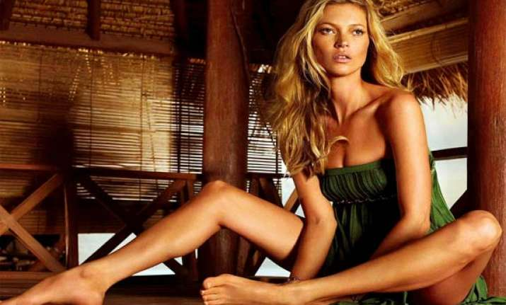 kate moss bares all for magazine cover