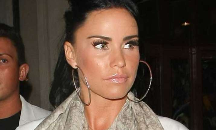 katie price congratulates peter andre