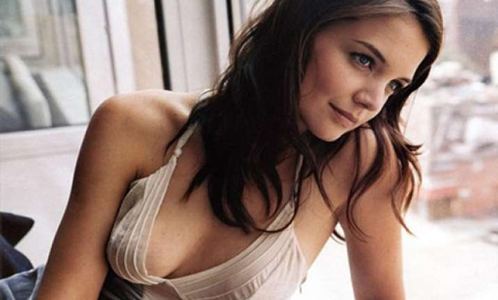 katie holmes asks 6 year old daughter for fashion advice