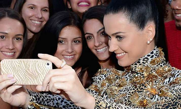 selfing is a disease katy perry
