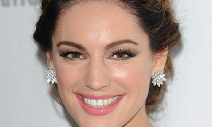 kelly brook in new reality show about her wedding