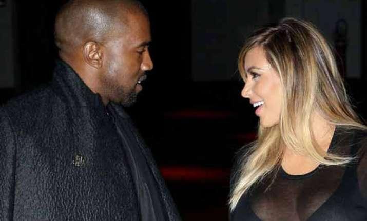kim kardashian kanye west to have an intimate wedding