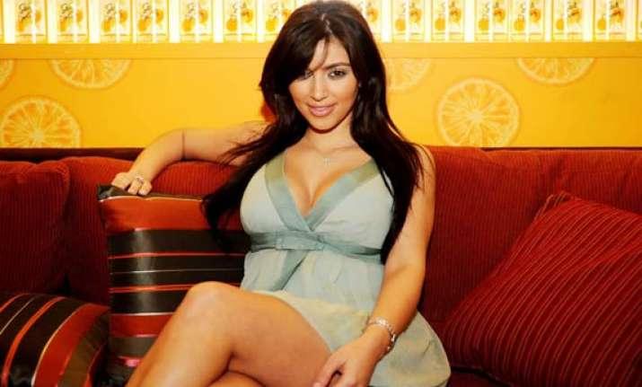 kim kardashian on no fast track to wedded bliss