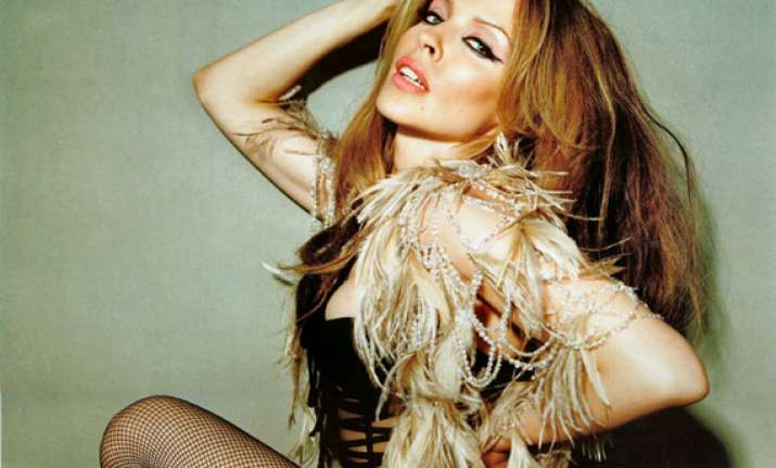 kylie minogue to replace jessie j in the voice