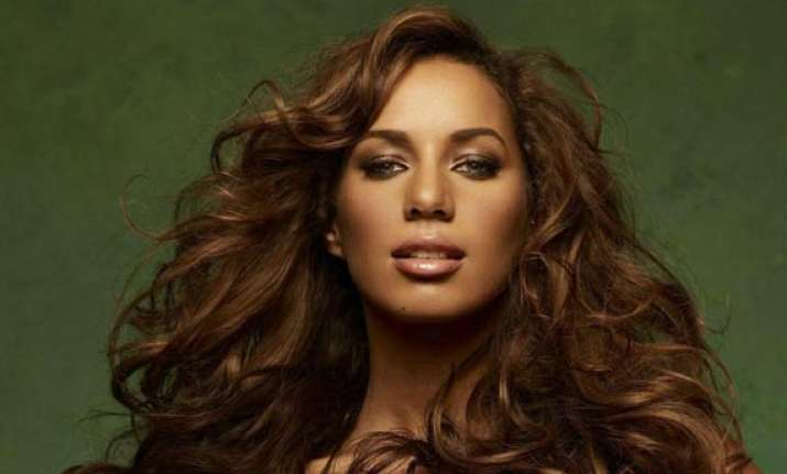 leona lewis compares beauty with game