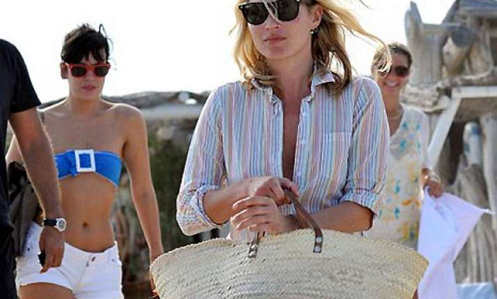 lily allen reunites with kate moss