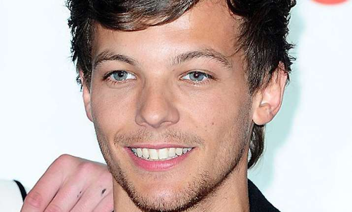 louis tomlinson wishes for normal life