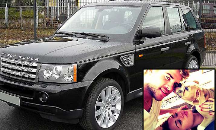 miley s pets hit the jackpot with range rover sport see pics