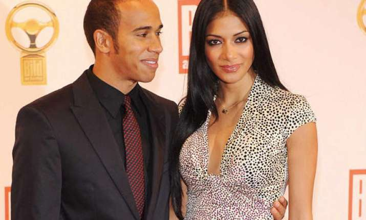 nicole scherzinger secretly meets lewis hamilton see hot