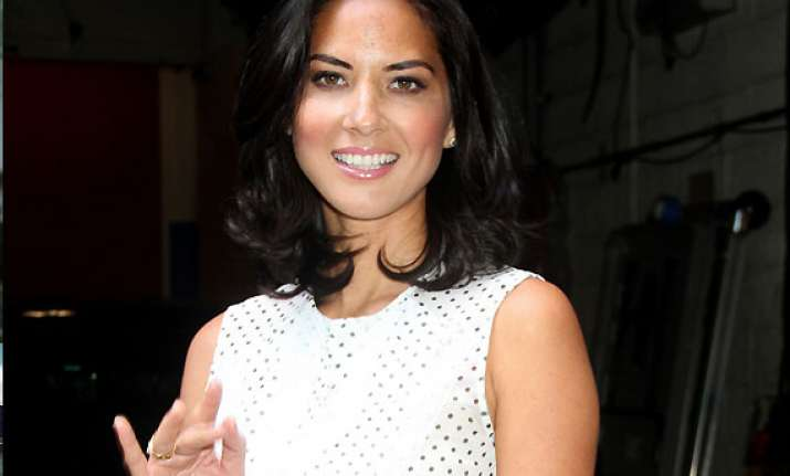 olivia munn finds hypnotherapy helpful