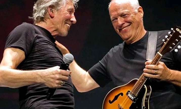 pink floyd leaves fans excited post tweeting a hint at