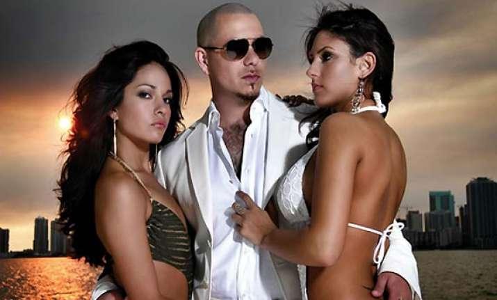 rapper pitbull to perform in noida mumbai pune