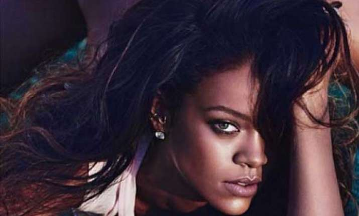 rihanna s instagram account temporarily suspended