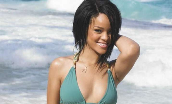 rihanna s charity for wolves see pics