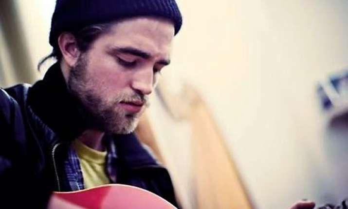 robert pattinson focus on music career