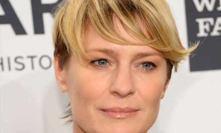 robin wright goes for tiniest sprinkle of botox twice a year