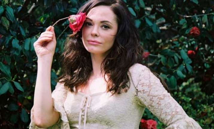 rose mcgowan wishes oscar for directorial debut dawn