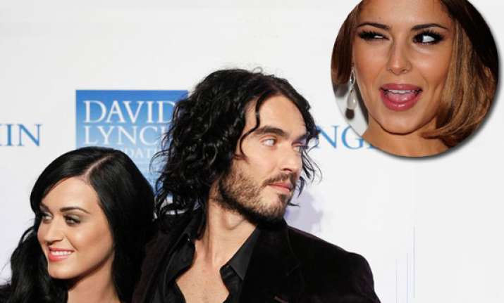 russell brand finds cheryl cole attractive see pics