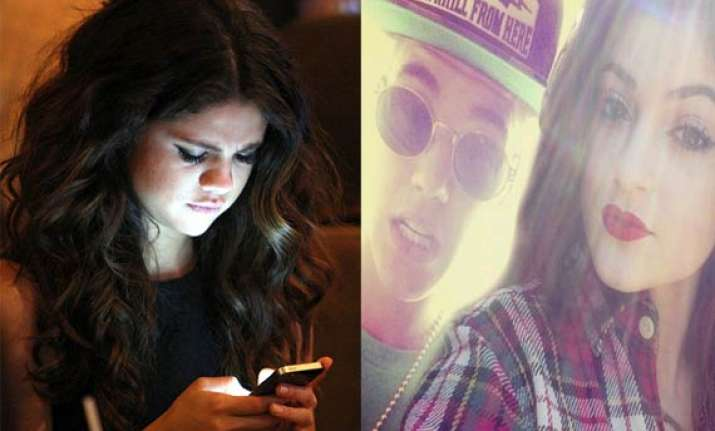 selena gomez finds texts from kylie on bieber s phone see