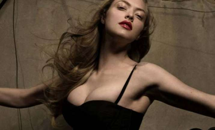 seyfried watched porn for linda lovelace biopic