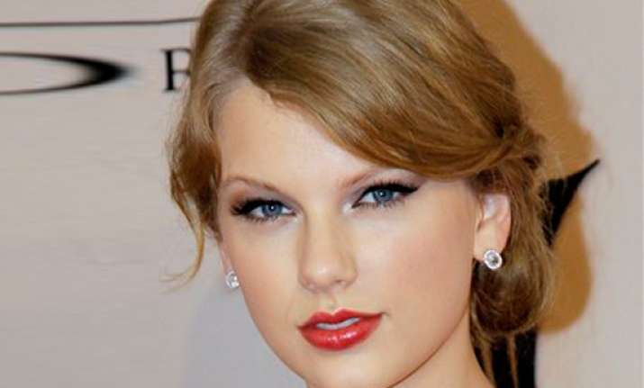 taylor swift named billboard s woman of the year