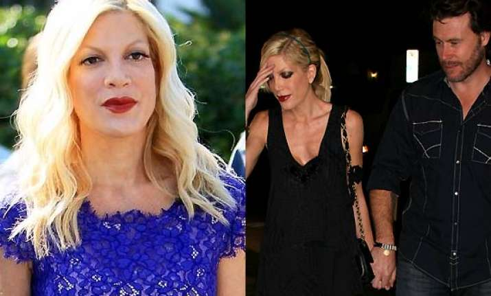 tori spelling hospitalised for undisclosed reasons