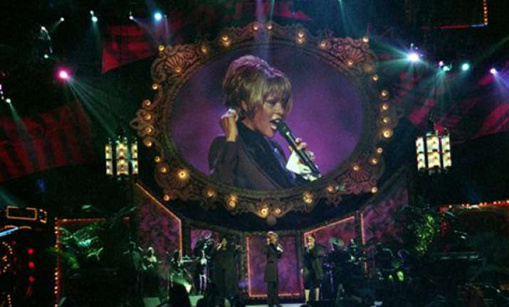 whitney houston fans to follow funeral on internet