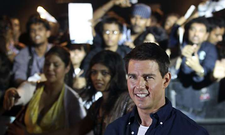 will love to act in bollywood movies says tom cruise