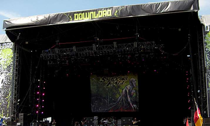 download rock festival becomes docking place for rock fans