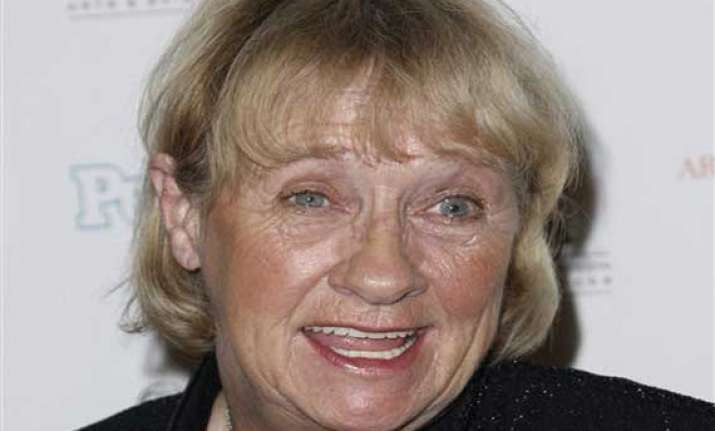 housewives actress kathryn joosten dies at 72