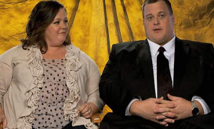 mike and molly actress on big screen comedy bridesmaids