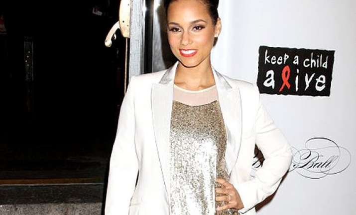 alicia keys pregnant with second child