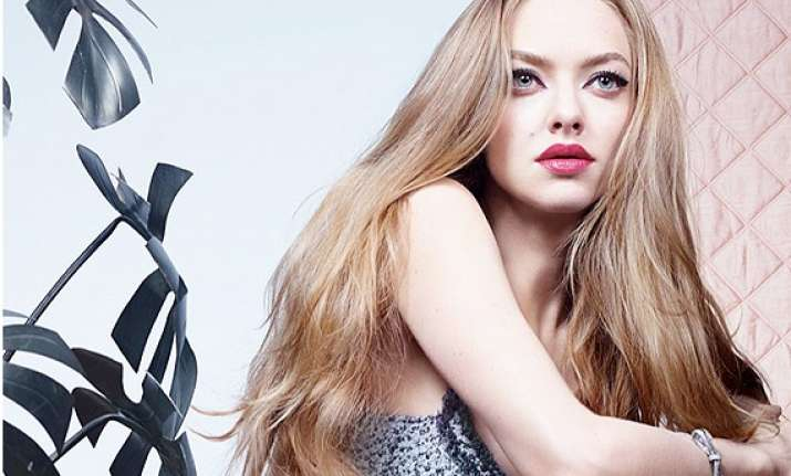 seyfried won t think of work when pregnant