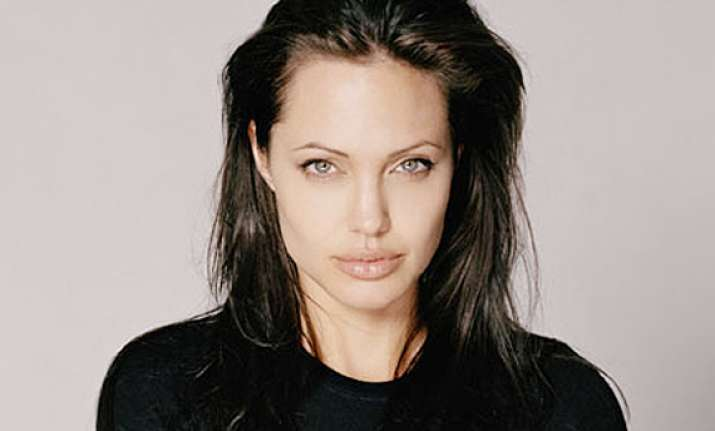angelina jolie upsets chinese fans with comments on ang lee
