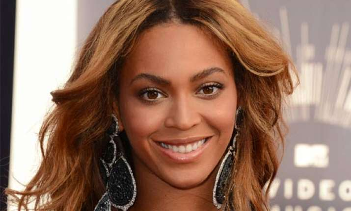 vma 2014 stars are fans too when it comes to beyonce