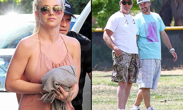 britney spears ex reunites with her dad at soccer game
