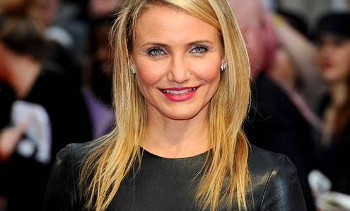 cameron diaz thanks her ex boyfriends
