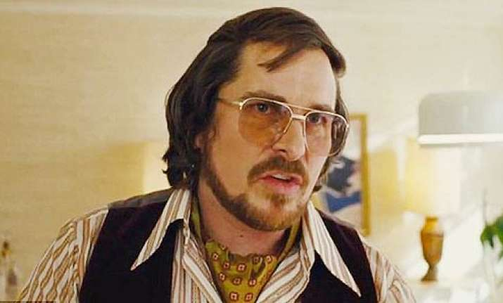 christian bale suffered herniated disc for american hustle