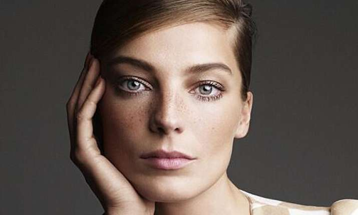 daria werbowy finds fame hard to deal with