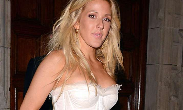 ellie goulding denies going under the knife for figure