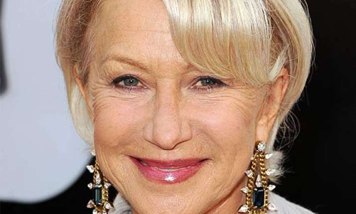 helen mirren slams social media